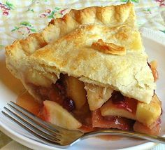 Jane's Sweets & Baking Journal: Create the Universe . . . then Bake the Best Apple Pie You've Ever Imagined . . . Classic Apple Pie Recipe, Best Apple Pie, Apple Pie Recipes, Whole Food Recipes, Apple Pie From Scratch, Apple Cranberry Pie, Paleo, Good Food, Yummy Food