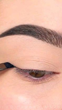 Cute Eye Makeup, Dope Makeup, Face Paint Makeup, Makeup Eye Looks, Eye Makeup Steps, Eyeliner Looks, Eye Makeup Art, Crazy Makeup, Smokey Eye Makeup