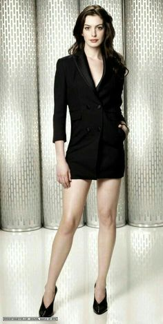 What Fans Should Know About Anne Hathaway – Celebrities Woman Anne Hathaway Get Smart, Anne Hathaway Photos, Anne Hathaway Legs, Anne Hathaway Style, Beautiful Celebrities, Beautiful Actresses, Anne Jacqueline Hathaway, Anne Hattaway, Hot Actresses