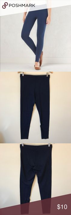 💠 LC Lauren Conrad leggings Navy blue, only worn twice. All listings with 💠 in the title are eligible for 4 for $20. Please use bundle offer feature to get sale price. If you don't see 4 items you like, just send me an offer! I try to be as fair & reasonable as possible. I always ship next day, unless a holiday. Any questions? Feel free to ask! LC Lauren Conrad Pants Leggings