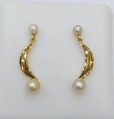 Pearl Jewelry, Persian, Dangle Earrings, Dangles, Pearls, Natural, Persian People, Beads, Persian Cats