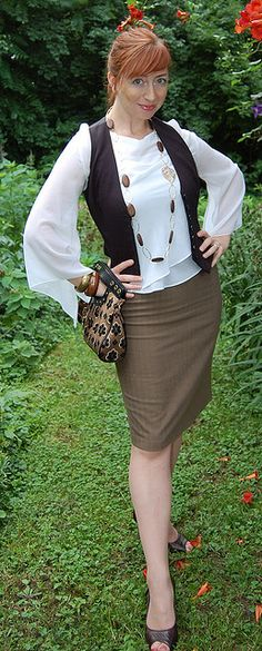 Brown dress, multiple ways