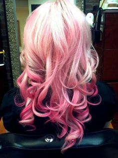 If I was to have pink ombré hair this would be it!!