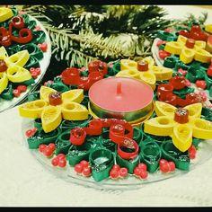 Suport pentru lumanare-quilling Tea Lights, Birthday Cake, Candles, Crafty, Table Decorations, Desserts, Food, Home Decor, Tailgate Desserts