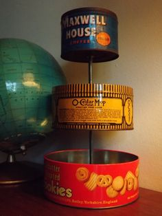 Vintage Tin Organizer DIY from She Needs Therapy. Vintage Tins, Vintage Crafts, Vintage Paper, Top Vintage, Tin Can Crafts, Diy And Crafts, Diy Projects To Try, Craft Projects, Tiered Stand