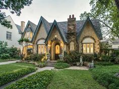 Storybook Home for sale in Dallas. 3313 Drexel Dr, Highland Park, TX 75205 Your style guide to all things Storybook style homes. Everything you need to know about Fairytale & Storybook architecture, interiors & decor. Storybook Homes, Storybook Cottage, Cottage House Plans, Cottage Homes, Cottage Living, Living Room, Tudor House, Tudor Cottage, English Cottage Exterior