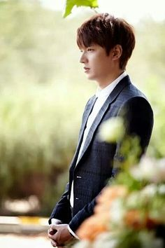 LeeMinHo Heirs official still