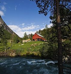 Juvet hotel in Norway near a classic 16th-century farmhouse