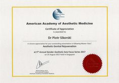 Cityklinikan toimitusjohtaja Piotr Sikorski on Suomen ensimmäinen ja ainoa American Academy of Aesthetic Medicine -johtokunnan sertifioima esteettinen lääkäri.     Vuonna 2017 hänet kutsuttiin saman organisaation kouluttajaksi.