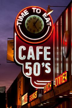 "Cafe 50s.........Los Angeles, California http://www.flickr.com/photos/thomashawk/4328662161/- ""Arthur Corona"""