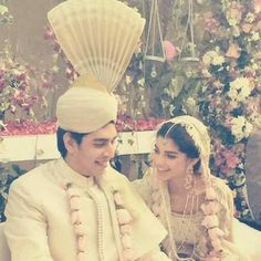 Watch the Talented and Beautiful Drama Actress Sanam Saeed Exclusive Wedding Pictures which was held in a hotel privately with family and close friends only. watch pictures and share your views on it. Pakistani Models, Pakistani Actress, Chic Wedding, Wedding Day, Wedding Dress, Sanam Saeed, Desi Clothes, Wedding Moments, Celebs