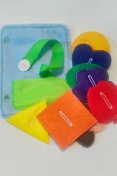 Button snake quiet book page which can be added to other pages to create the perfect quiet book or buy just this page for hours of fun. Great way for children to practice buttoning skills. The activit