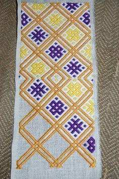 brick stitch embroidery pattern - Google Search