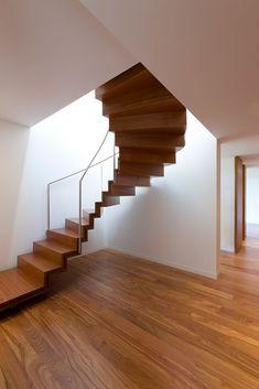 324 mejores im genes de dise o interior escaleras en - Diseno de escaleras interiores ...
