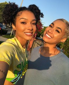 Emaza and Saiyr Sisters Goals, Bff Goals, Best Friend Goals, Squad Goals, Black Girl Magic, Black Girls, Divas, Teen Girl Fashion, Girls Rules