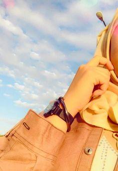 Girls Dp Stylish, Stylish Girl Images, Best Photo Poses, Girl Photo Poses, Cute Girl Face, Cute Girl Photo, Cool Girl Pictures, Cute Girl Poses, Hijabi Girl