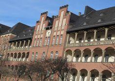 ღღ Beautiful Berlin hospital building in Mitte City Hospital, Secret Places, Berlin Germany, Capital City, Germany Travel, 2020 Vision, France, London, Paris
