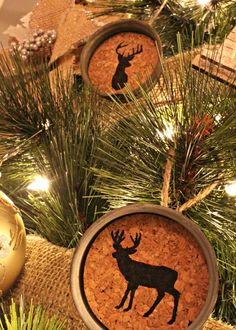 Mason Jar Cork Ornaments...looks like I know what everyone's getting for Christmas!