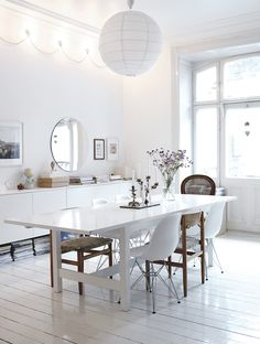 white dining room nice deco lights on the wall Dining Room Design, White Rooms, Interior Design, House Interior, White Dining Room, Interior, White Wooden Floor, White Interior, Home Decor