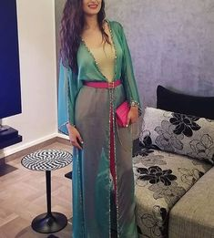 Morrocan Fashion, Modest Fashion, Fashion Dresses, Kaftan Pattern, Mode Kimono, Mode Abaya, Afghan Dresses, Arab Fashion, Designs For Dresses