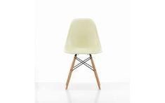 Panton Chair | SCP Airstream Decor, Panton Chair, Cantilever Chair, Scp, Design Awards, Pantone, Branding Design, Corporate Design, Identity Branding