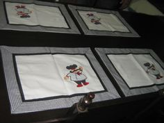 Confeccionados em algodão , maravilhoso jogo americano que você pode usar no seu dia a dia. Trabalhados em patchwork. <br>Lavável à máquina . 100% algodão.