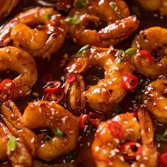 Asian Chilli Garlic Prawns (Shrimp) Recipe video above. Juicy prawns / shrimp in a sweet sticky, spicy, garlicky sauce. A quick dinner that tastes like a homemade Chilli Jam stir fry you get at modern Thai restaurants! Spice level - this is quite spicy! Fish Recipes, Asian Recipes, Healthy Recipes, Spicy Shrimp Recipes, King Prawn Recipes, Chinese Shrimp Recipes, Chili Garlic Shrimp Recipe, Squid Recipes, Authentic Chinese Recipes