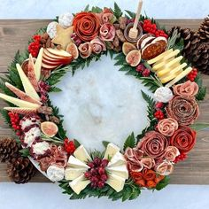 Christmas Entertaining, Christmas Party Food, Christmas Brunch, Xmas Food, Christmas Appetizers, Christmas Cooking, Christmas Treats, Christmas Menu Ideas, Christmas Catering