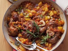 Osso Buco with Potatoes Image 1 Slow Cooker Recipes, Beef Recipes, Cooking Recipes, Healthy Recipes, Dutch Recipes, Italian Recipes, Kraft Recipes, Eat Smarter, One Pot Meals
