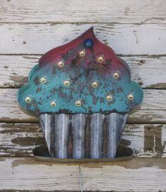 Metal Cupcake Marquee