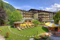 Zell am See, 4 Tage, Gasthof, Halbpension € Zell Am See, Cheap Hotels, Hotels Near, Hotel Deals, Dolores Park, Cabin, Mansions, House Styles, City
