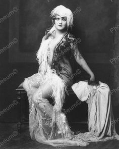 Claudia Dell Show Girl Vintage 8x10 Reprint Of Old Photo 1
