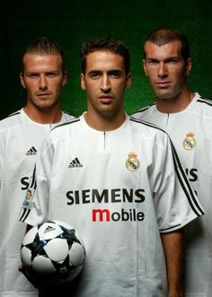 Club Football, Football Awards, Legends Football, Football Is Life, Football Stuff, Raul Real Madrid, Real Madrid Team, Good Soccer Players, Best Football Players