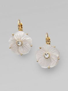 Kate Spade New York, Mother of Pearl Flower Earrings [Click Through to Shop] Pearl Jewelry, Jewelry Box, Jewelery, Jewelry Accessories, Jewelry Design, Flower Earrings, Stud Earrings, Pearl Flower, Schmuck Design