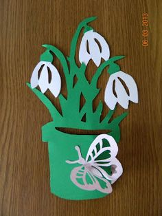 Paper Flowers Diy, Diy Paper, Paper Crafts, Bird Crafts, Flower Crafts, Art For Kids, Crafts For Kids, Arts And Crafts, Birthday Chart Classroom