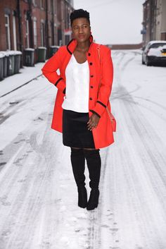 KILLING THE WINTER BLUES IN A STATEMENT COAT…