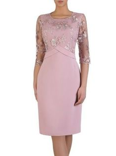 This Pin was discovered by Ale - Mode Frauen Mother Of Bride Outfits, Mothers Dresses, African Fashion Dresses, Fashion Outfits, Womens Fashion, Evening Dresses, Prom Dresses, Formal Dresses, Elegant Dresses