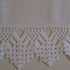 You certainly have seen one or another crochet nozzle around, even if you didn't know that was the name. This is because the crochet nozzle, which is also Crochet Edging Patterns, Crochet Lace Edging, Crochet Borders, Crochet Trim, Filet Crochet, Crochet Doilies, Crochet Flowers, Knit Crochet, Crochet Home