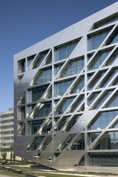 """A.M.A. Headquarters, Cristalia Business Park in the """"Campo de las Naciones"""", Madrid. By Rafael de La-Hoz Arquitectos. Completed 2010."""
