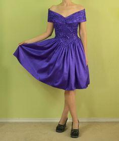 Vintage 80s 90s prom dress Gunne Sax by SittingKittyVintage, $49.99