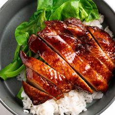 Sticky Chinese Five Spice Chicken - Marion's Kitchen Five Spice Chicken, Chicken Spices, Chinese Five Spice Recipe Chicken, Soya Sauce Chicken, Soy Sauce, Five Spice Recipes, Kitchen Recipes, Cooking Recipes, Almond Chicken