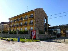 La Unión Hotelera de Asturias y el Ayuntamiento de Ribadesella han dado los primeros pasos para impulsar la primera Asociación de Hoteles Urbanos de la villa de Ribadesella. El proyecto aún está en pañales, pero esta mañana consiguieron sentar en torno a una misma mesa a una decena de empresarios locales.  http://coperibadesella983fm.blogspot.com.es/2014/02/impulsan-una-asociacion-de-hoteles.html