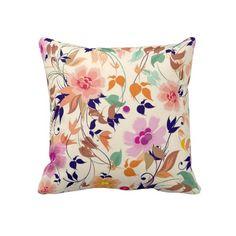 Travesseiro floral de Trow