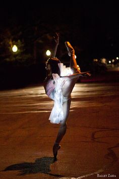 Beckanne Sisk in Ballet Zaida: Asteria