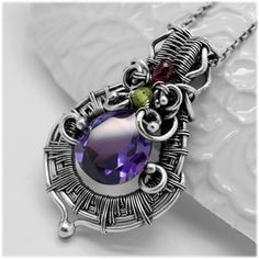 Heady wire wrap pendant - Wire wrapped pendant with Alexandrite - Pendant with…