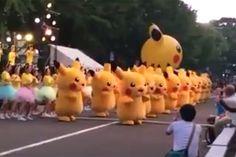 A repercussao da 'dancinha do impeachment' continua – agora tem a versao Pokémon - Blue Bus
