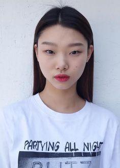 YGKPLUS 2016 Polaroids/Portraits (Polaroids/Digitals) Bold Lip Makeup, Asian Eye Makeup, Korean Beauty, Asian Beauty, Pretty People, Beautiful People, Pleasing People, Asian Eyes, Unique Faces