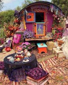 Double tap if you want to chill here! #gypsy #hippy #bohemian #boho #dreams #happiness #thesecret by jessica_naners