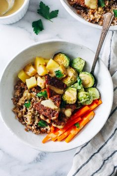 Balsamic Dijon Tempeh Buddha Bowls- tempeh marinated in a maple balsamic dijon laze, roasted with hearty vegetables and topped with a simple dijon sauce. A healthy meal that's super easy to make and packed with flavor! (vegan + gluten-free)