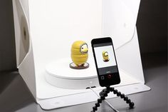 A cute and portable photo studio with built in lighting.